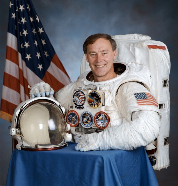 first u.s. astronaut - photo #19