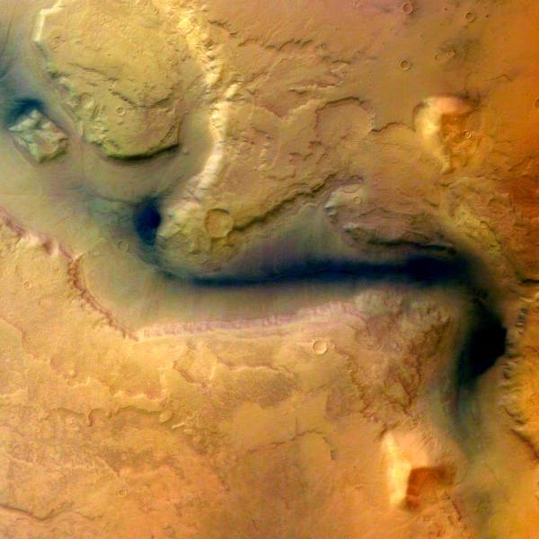 Mars Express photo of of Reull Vallis