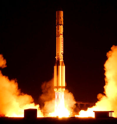 ILS photo of the launch of the Proton rocket before its 300th flight
